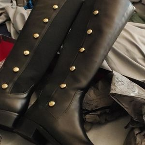 Vince Camuto boots size 10